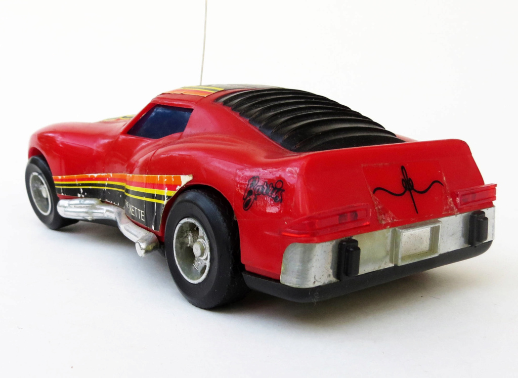 Radio controlled toys Car - George Barris Licenced - 70s Il_ful13
