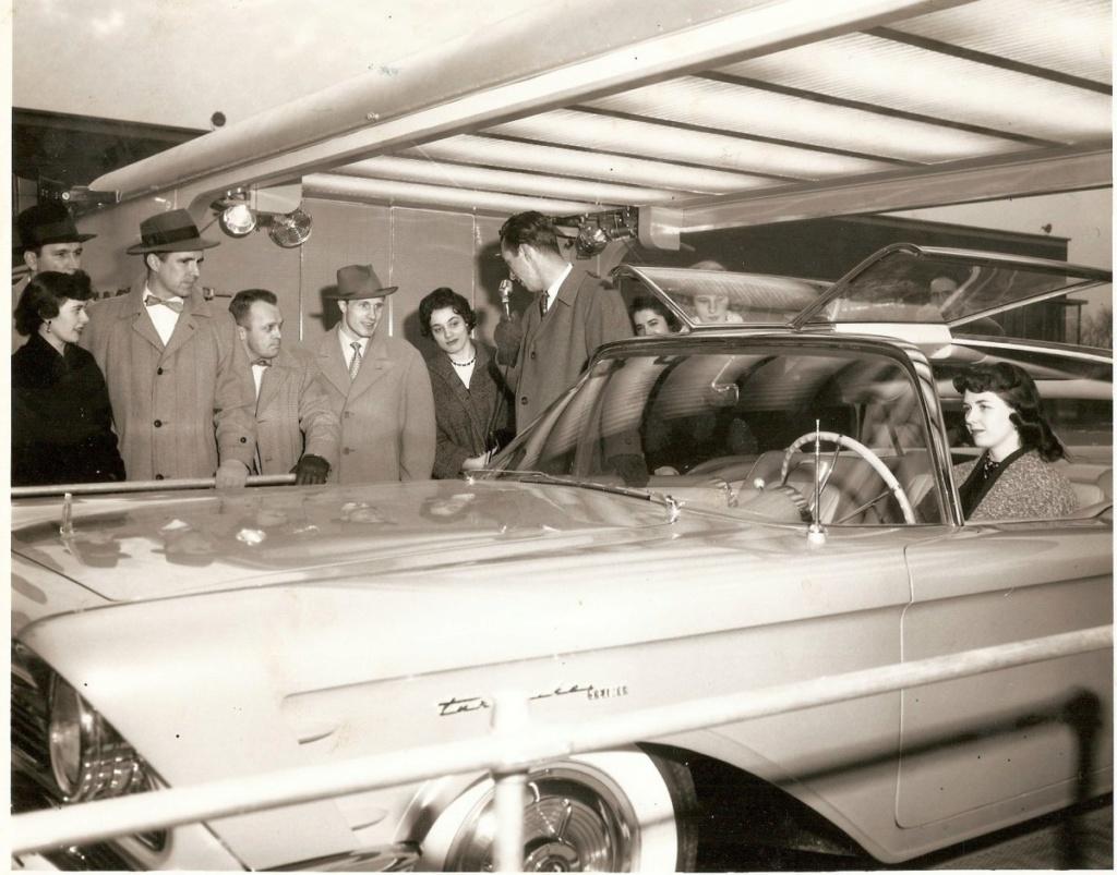 1956 Mercury XM Turnpike Cruiser  Image211