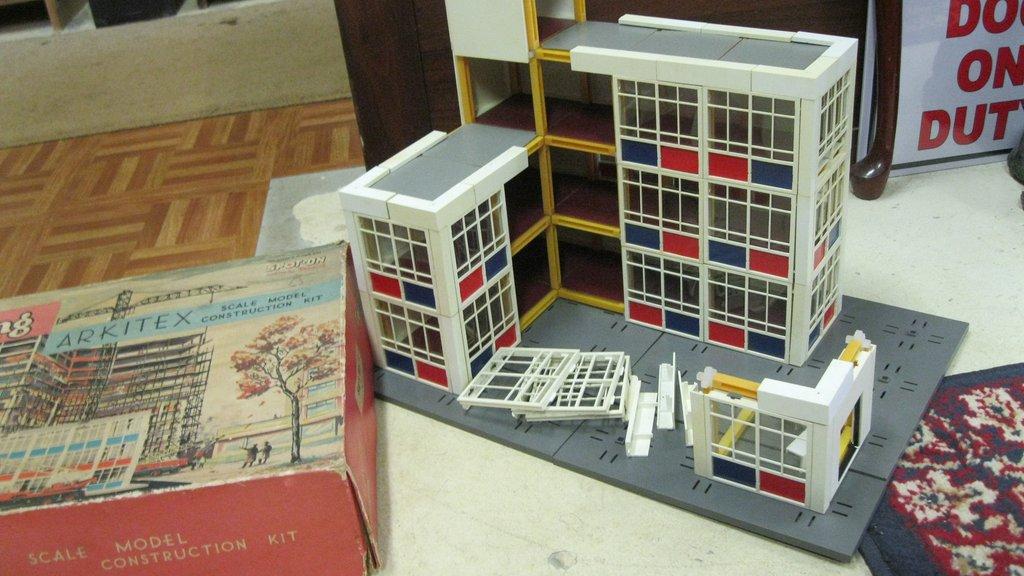 ARKITEX - Triang - Jeu de constructions Img_2510