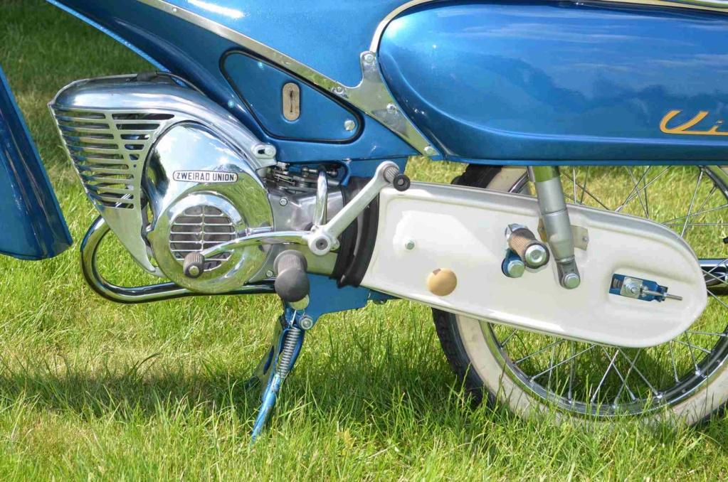 "1961 Victoria 115 ""Tin Banana"" 50cc Img_410"