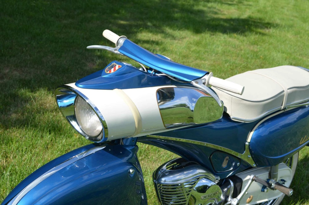 "1961 Victoria 115 ""Tin Banana"" 50cc Img_610"