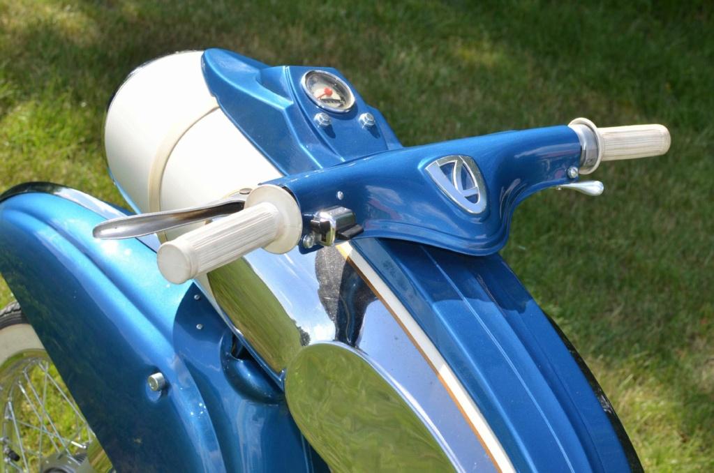 "1961 Victoria 115 ""Tin Banana"" 50cc Img_810"