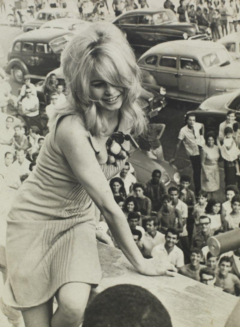 Brigitte Bardot Lossy-10