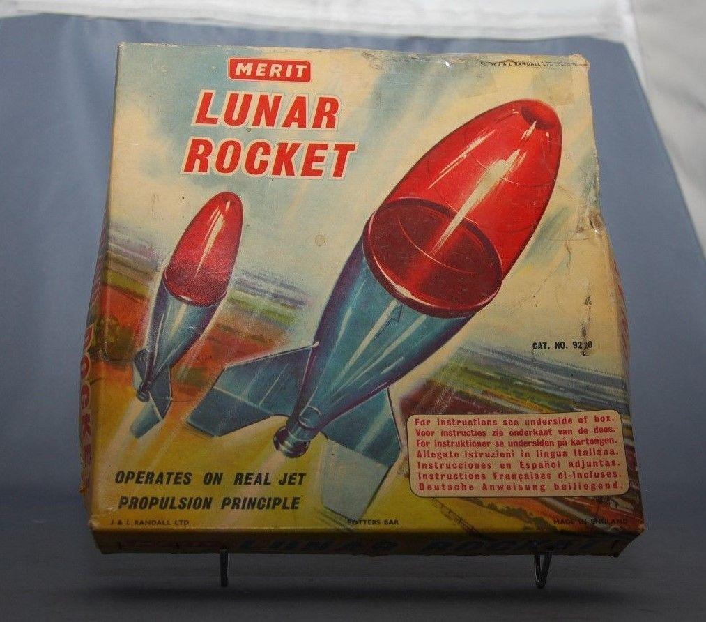 Jouets Spaciaux - Sci-Fi Toys - Page 2 Lunarr11