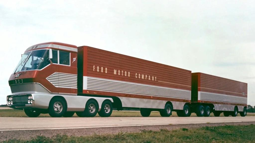Ford Turbine-Powered Semi-Truck 'Big Red' - 1964 Messag10