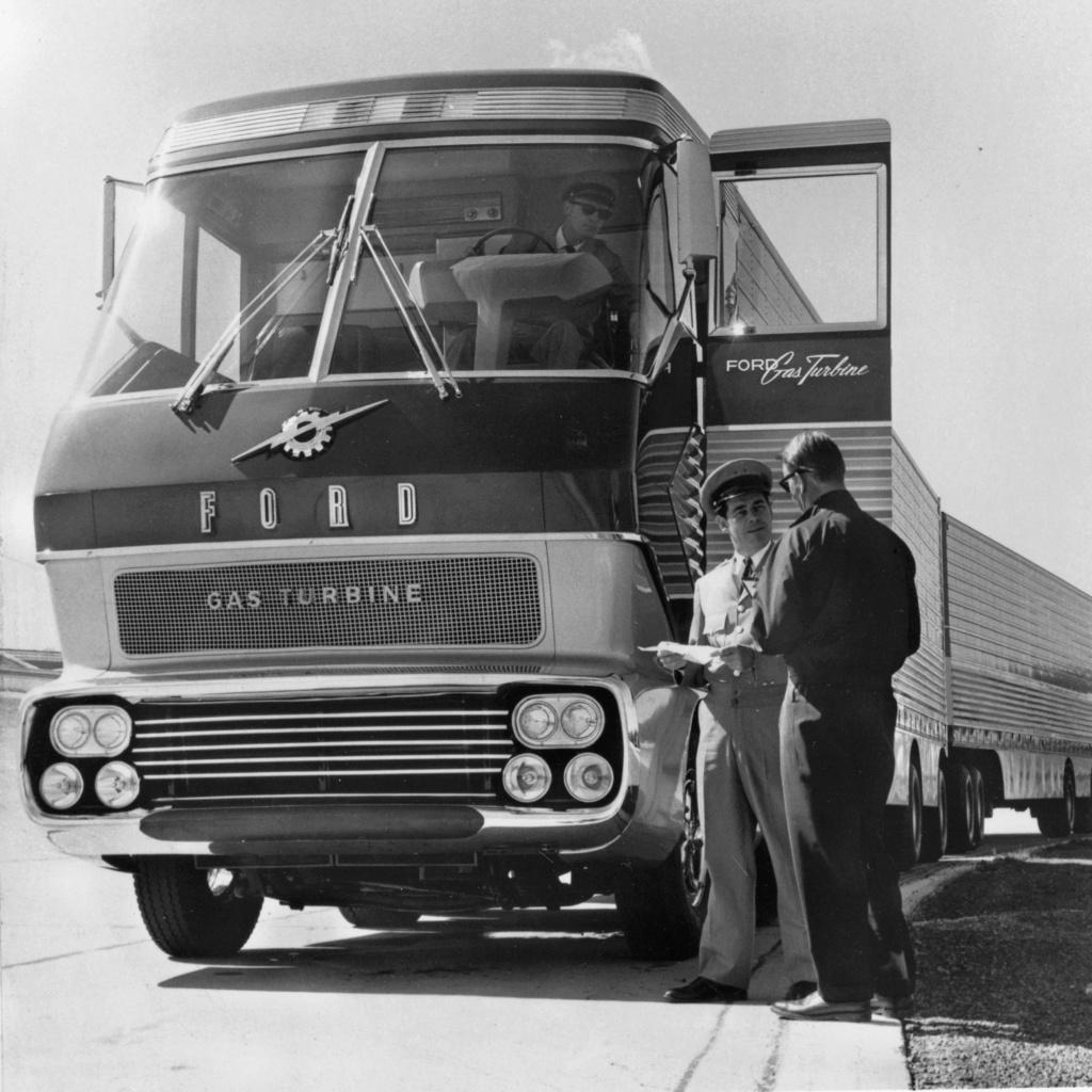 Ford Turbine-Powered Semi-Truck 'Big Red' - 1964 Messag12