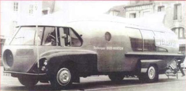 """Citroën Type 55 - Charbonneaux / LEFFONDRE"""" 1955/56 - Camion fusée frigeavia Teleavia - Cirque Pinder Phase_10"""