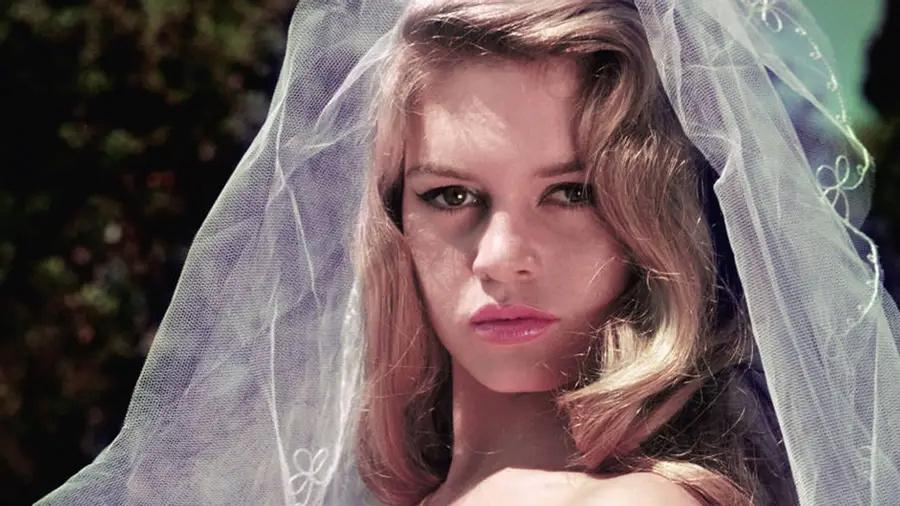 Brigitte Bardot Push-c10