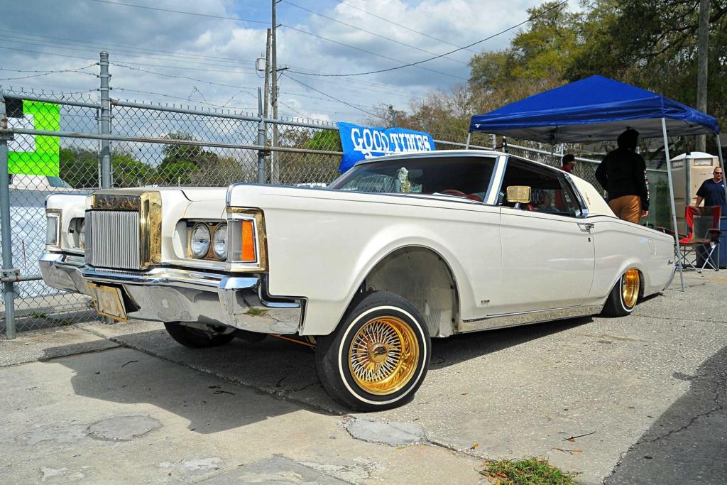 Lincoln Continental Mark 3, 4 & 5 Low Rider Royal-12