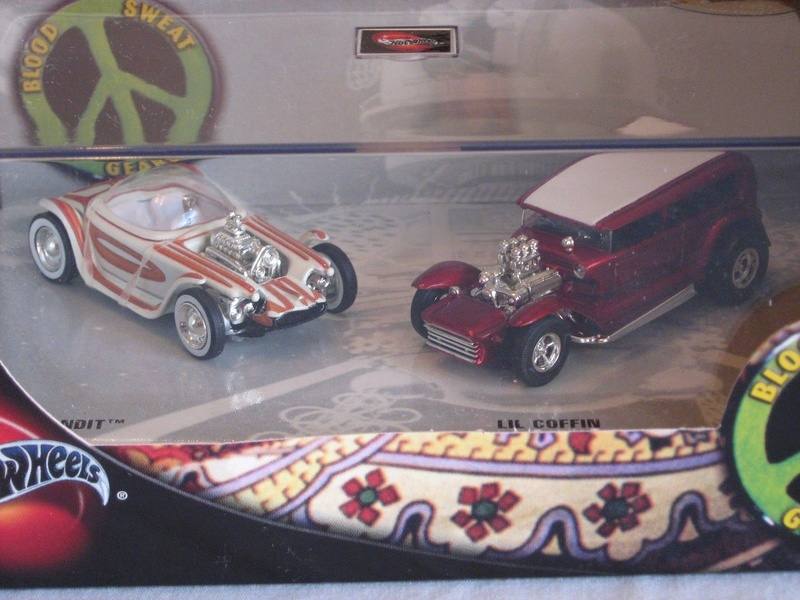 Hot Wheels Collectible Blood Sweet Gears - Beatnik Bandit - Lil' Coffin - show rod - Ed Roth - Darrill Starbird S-l16012