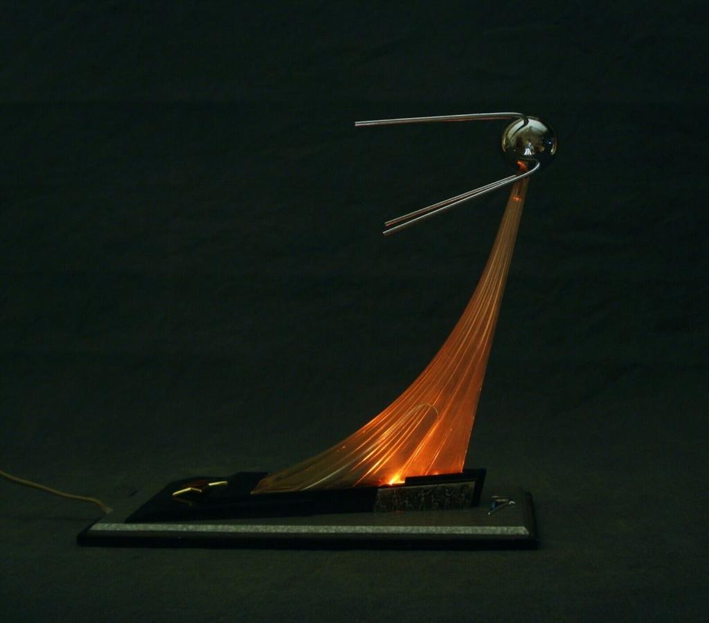 Spunik - Spoutnik - satellite, space age, design & style S-l16073