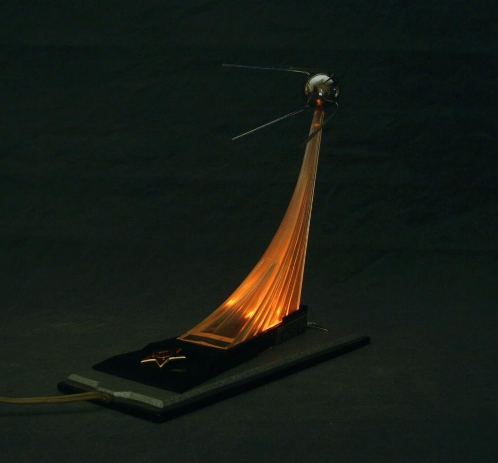 Spunik - Spoutnik - satellite, space age, design & style S-l16075