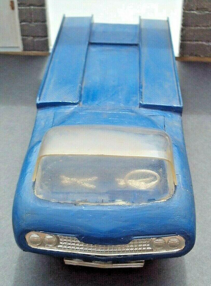 Vintage built automobile model kit survivor - Hot rod et Custom car maquettes montées anciennes - Page 15 S-lg1610
