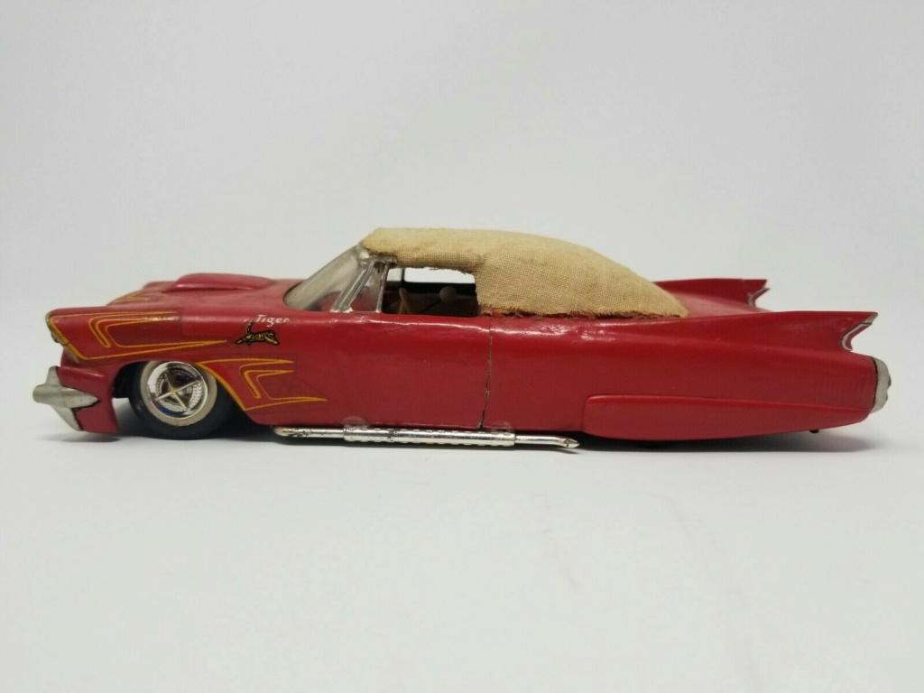 Vintage built automobile model kit survivor - Hot rod et Custom car maquettes montées anciennes - Page 14 Surv10