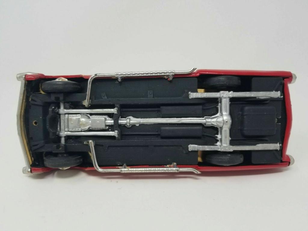 Vintage built automobile model kit survivor - Hot rod et Custom car maquettes montées anciennes - Page 14 Surv610