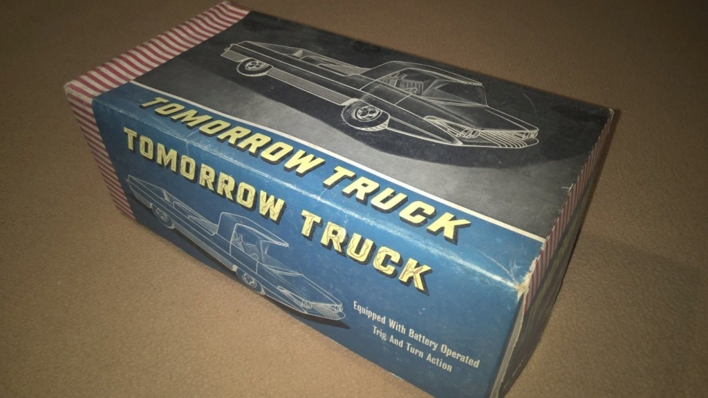 TOMORROW TRUCK QUALIDUX MADE IN HONG KONG PLASTIC SPACE CAR Tt710