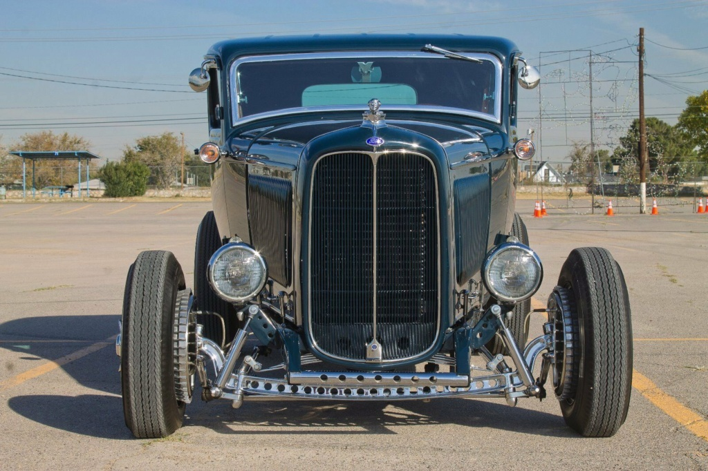 1932 Ford hot rod - Page 14 Tud410