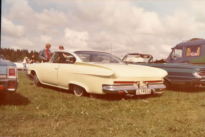 custom cars in the street - in situation ( vintage pics 1950's & 1960's)  - Page 6 Tumbl116