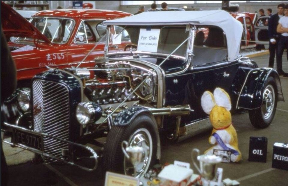 Vintage Car Show pics (50s, 60s and 70s) - Page 21 Uk10