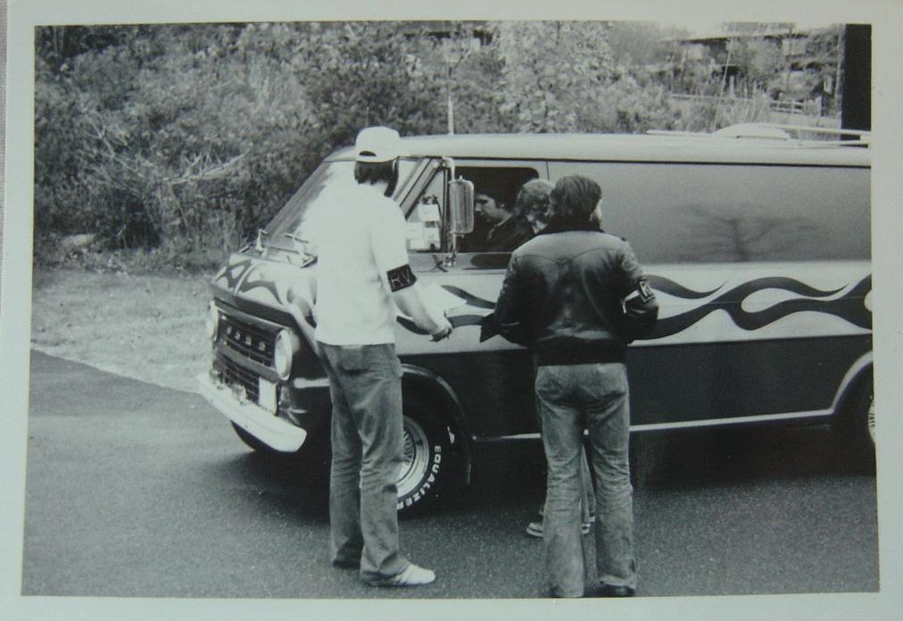 Golden age des Vans - Page 5 Van110