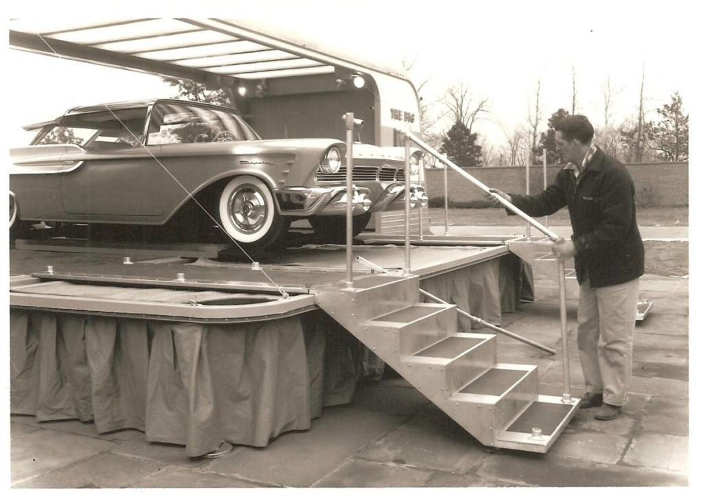 1956 Mercury XM Turnpike Cruiser  Van6m10