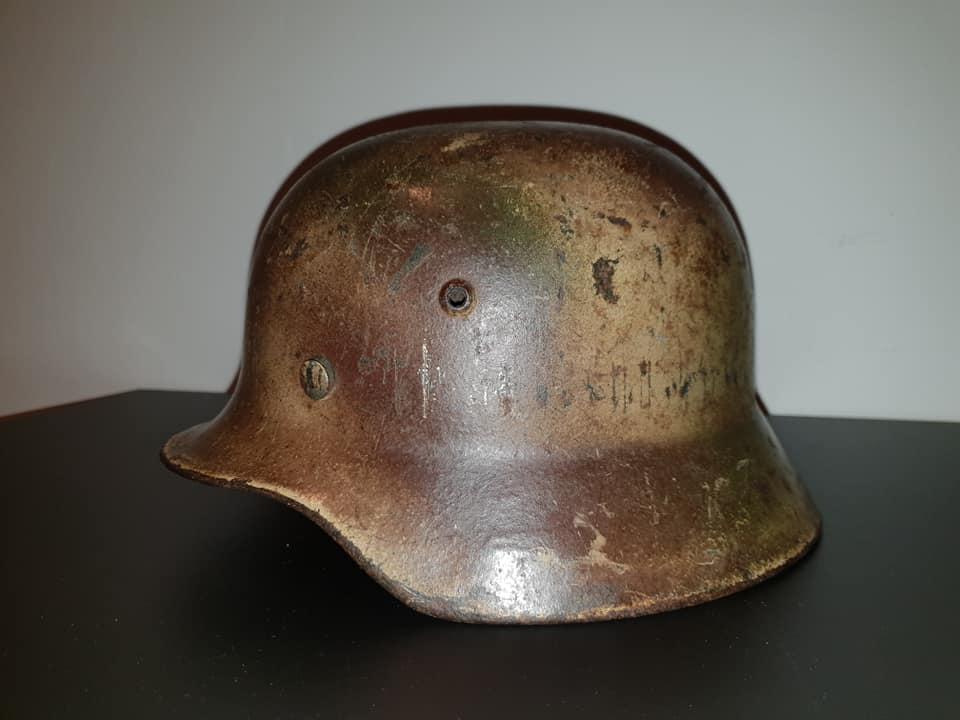 Bon début d'année, casquette usaaf, casque camo  49946710