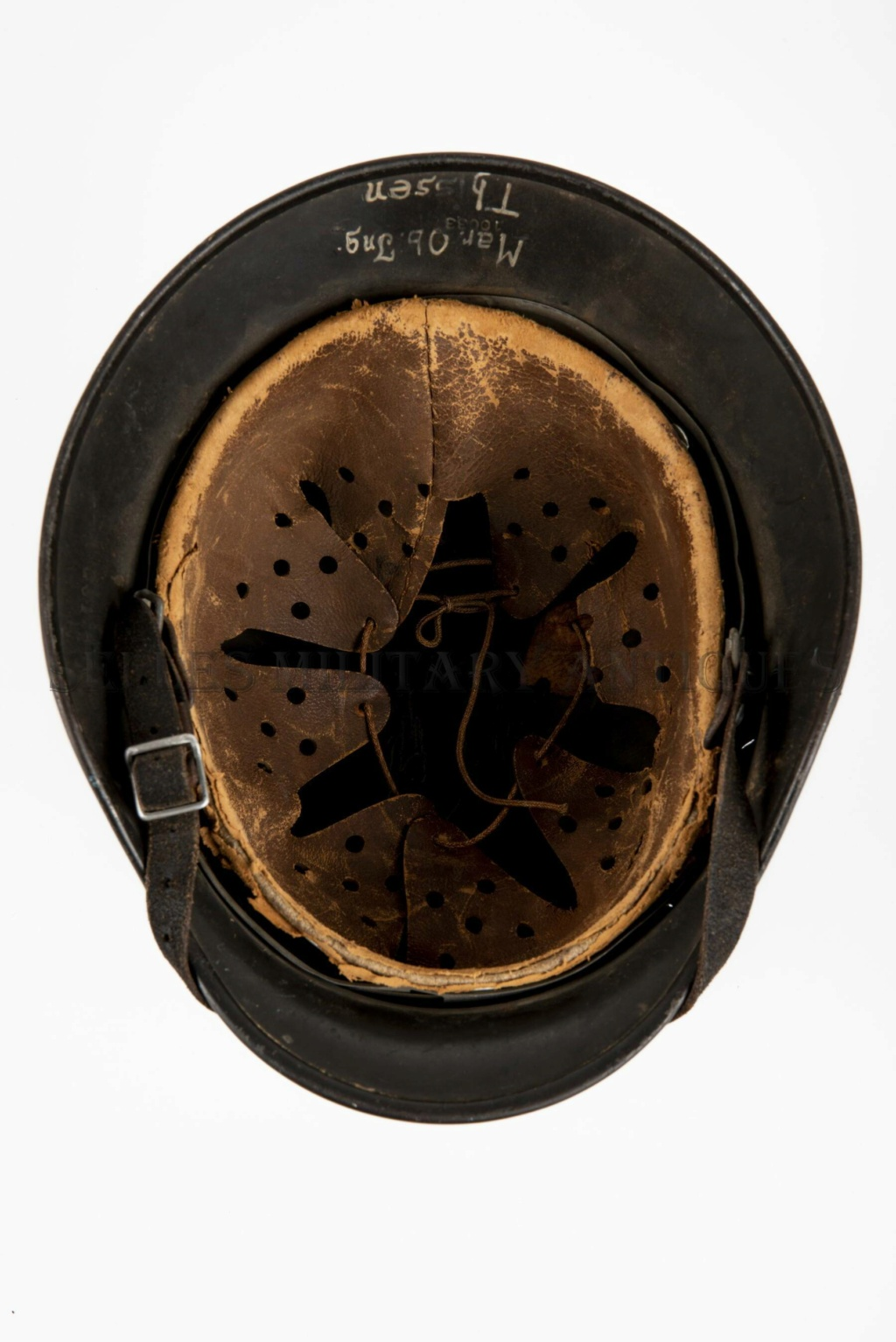 casque allemand kriegsmarine Dsc_7811