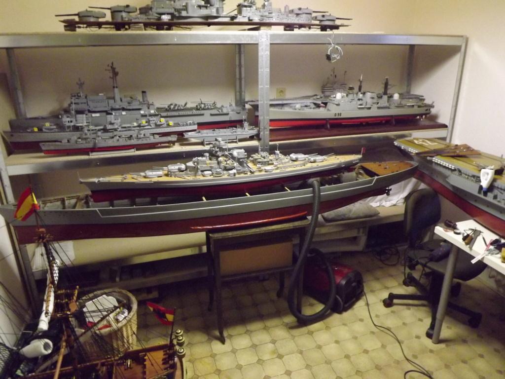 Schiffe und Boote im Wasser  Dscf9113