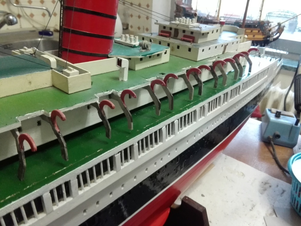 R.M.S. Queen Mary 1936 als RC Modell - Seite 2 Img_2097
