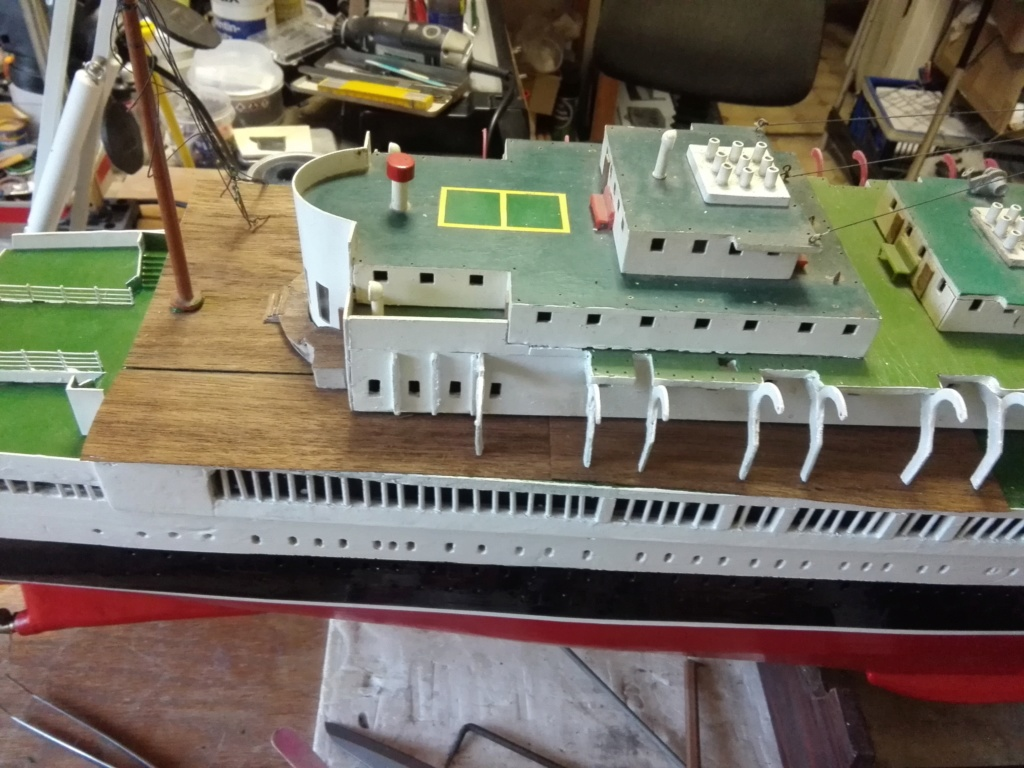 R.M.S. Queen Mary 1936 als RC Modell - Seite 2 Img_2100