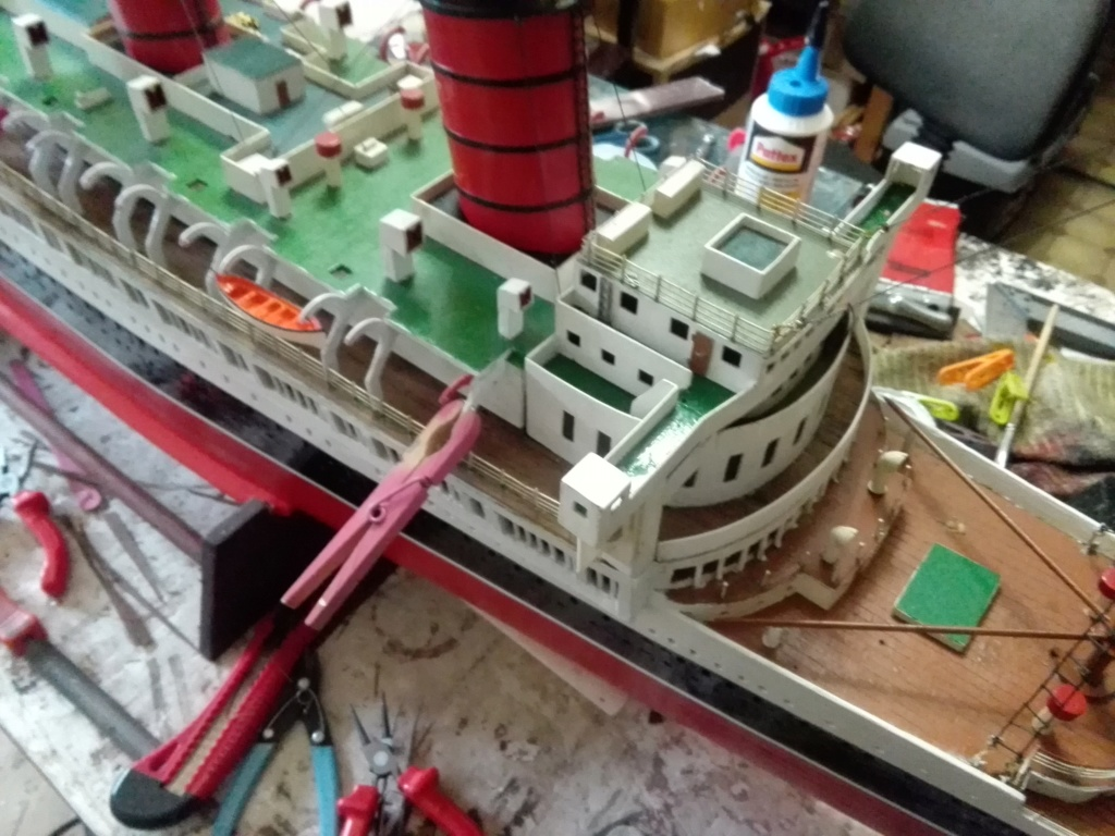 R.M.S. Queen Mary 1936 als RC Modell - Seite 2 Img_2102