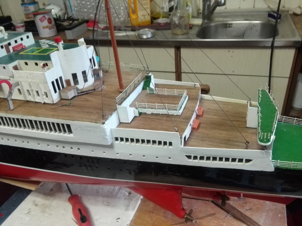 R.M.S. Queen Mary 1936 als RC Modell - Seite 2 Img_2103
