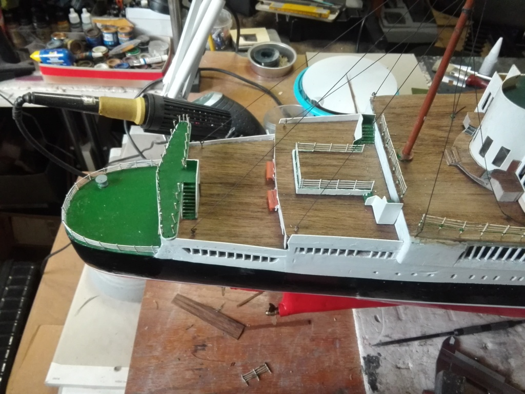 R.M.S. Queen Mary 1936 als RC Modell - Seite 2 Img_2105