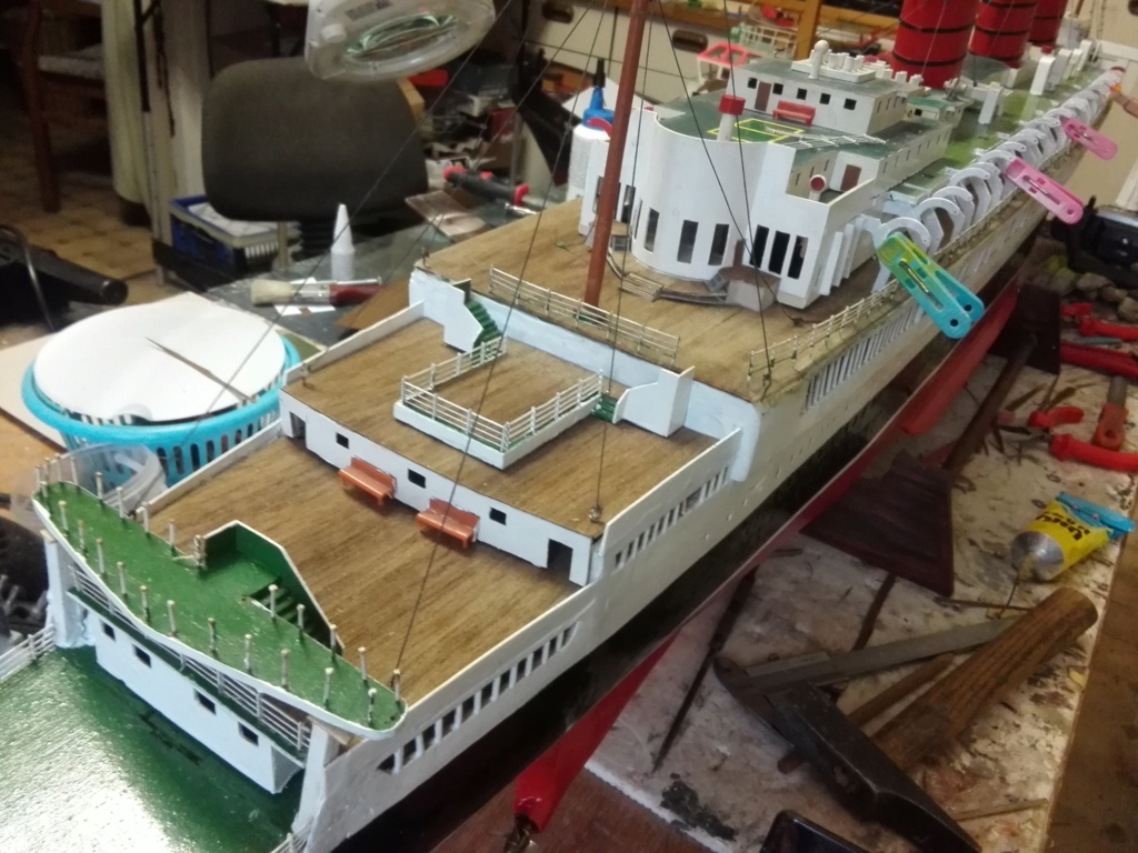 R.M.S. Queen Mary 1936 als RC Modell - Seite 2 Img_2107