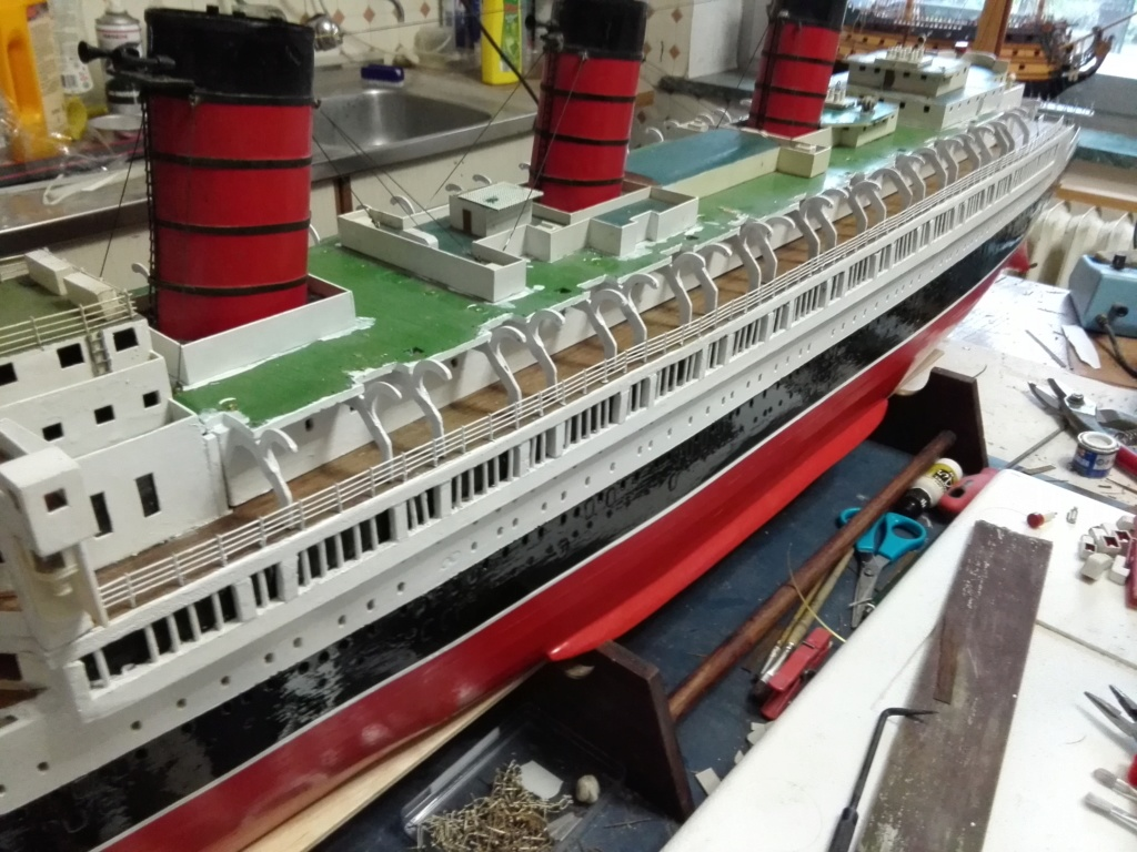 R.M.S. Queen Mary 1936 als RC Modell - Seite 2 Img_2113