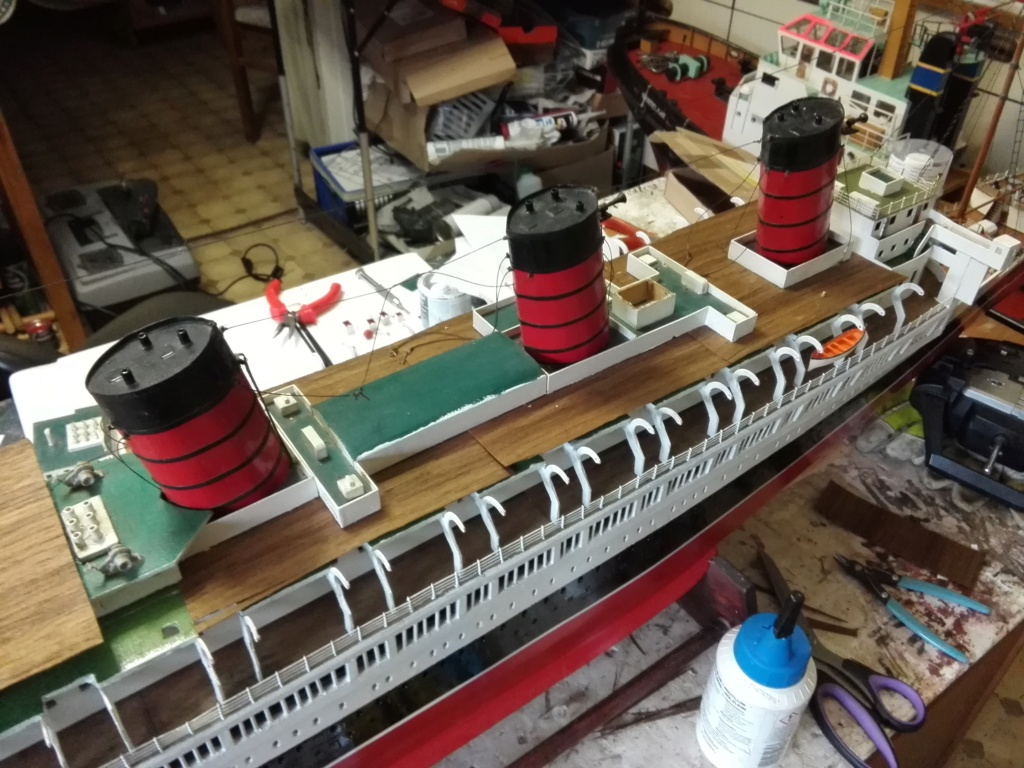 R.M.S. Queen Mary 1936 als RC Modell - Seite 2 Img_2117