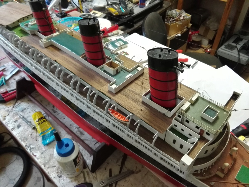 R.M.S. Queen Mary 1936 als RC Modell - Seite 2 Img_2118