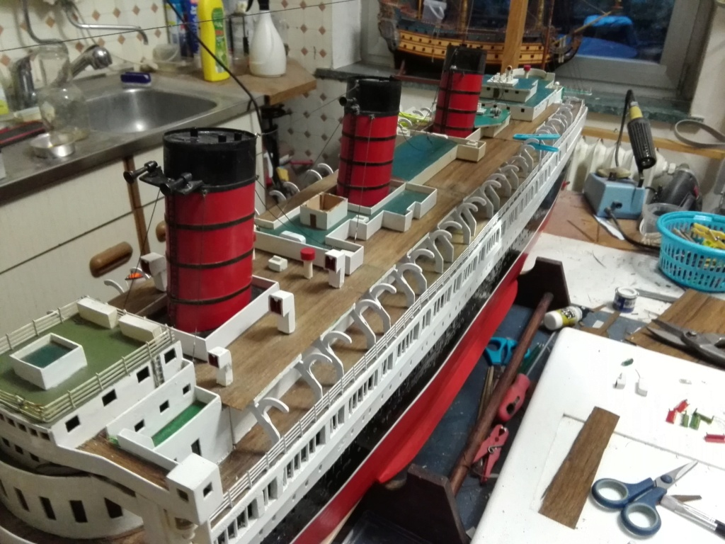R.M.S. Queen Mary 1936 als RC Modell - Seite 2 Img_2123