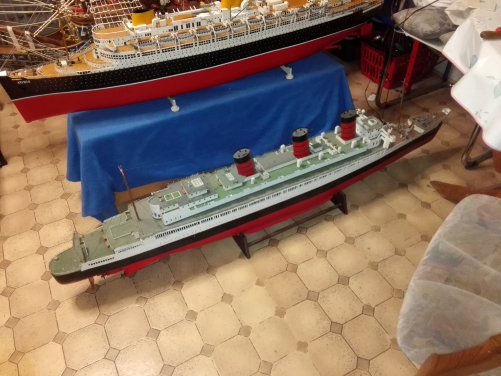 R.M.S. Queen Mary 1936 als RC Modell - Seite 2 Img_2126