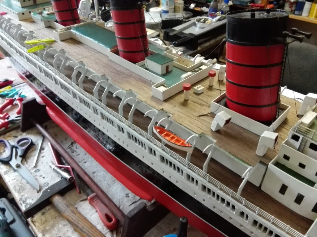 R.M.S. Queen Mary 1936 als RC Modell - Seite 2 Img_2129