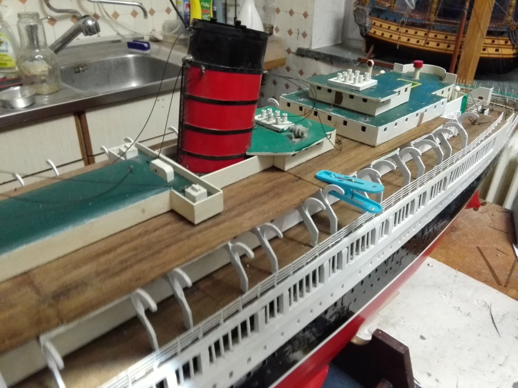 R.M.S. Queen Mary 1936 als RC Modell - Seite 2 Img_2130