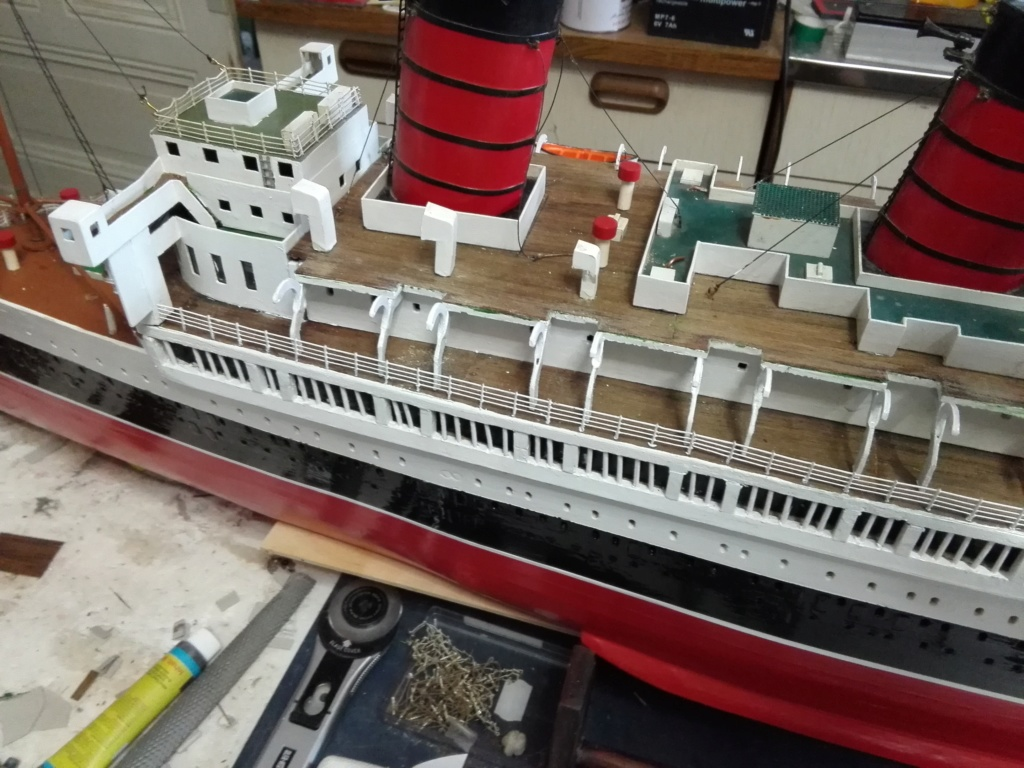 R.M.S. Queen Mary 1936 als RC Modell - Seite 2 Img_2132