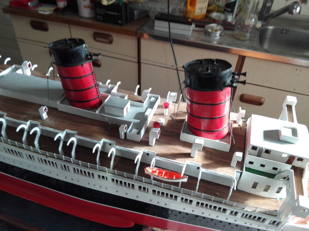 R.M.S. Queen Mary 1936 als RC Modell - Seite 2 Img_2144