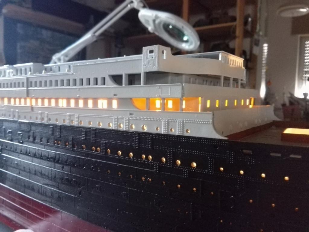RMS Titanic / Trumpeter, 1:200 - als RC Version - Seite 2 Img_2482