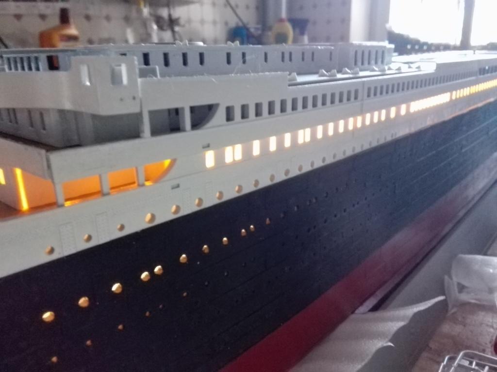 RMS Titanic / Trumpeter, 1:200 - als RC Version - Seite 2 Img_2485