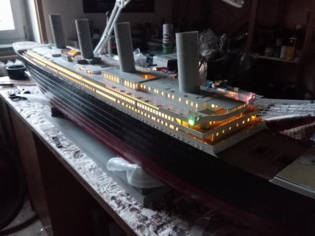 RMS Titanic / Trumpeter, 1:200 - als RC Version - Seite 2 Img_2510