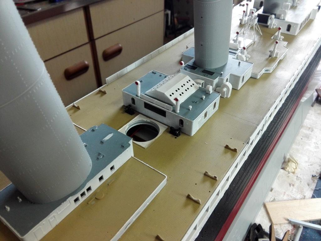 RMS Titanic / Trumpeter, 1:200 - als RC Version - Seite 3 Img_2545