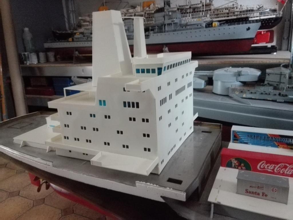 """""""Vorbildgetreues"""" Containerschiff im Maßstab 1/100 Img_2746"""