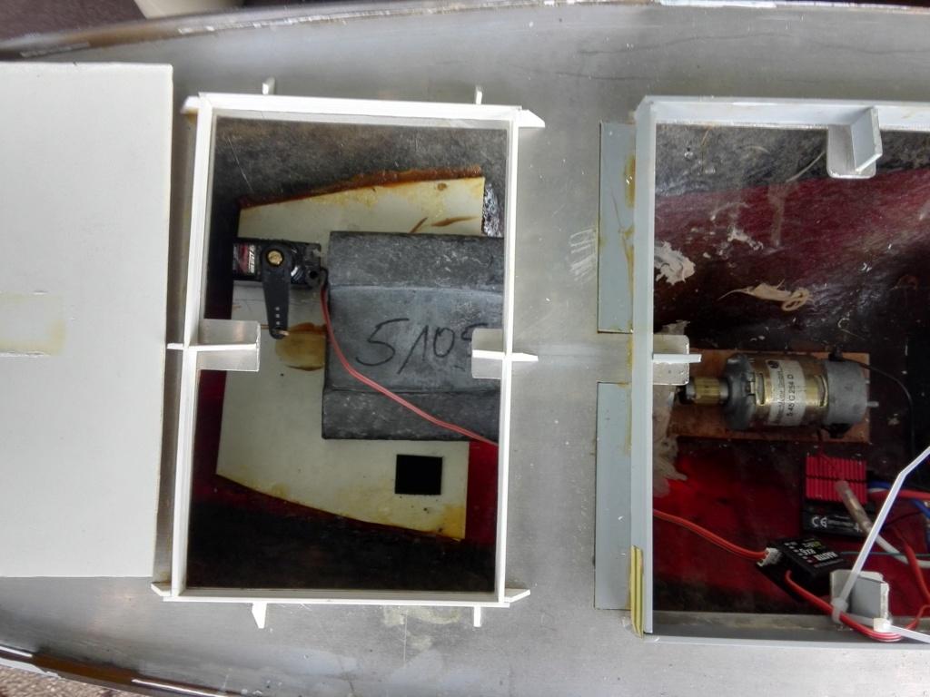 """""""Vorbildgetreues"""" Containerschiff im Maßstab 1/100 Img_2749"""