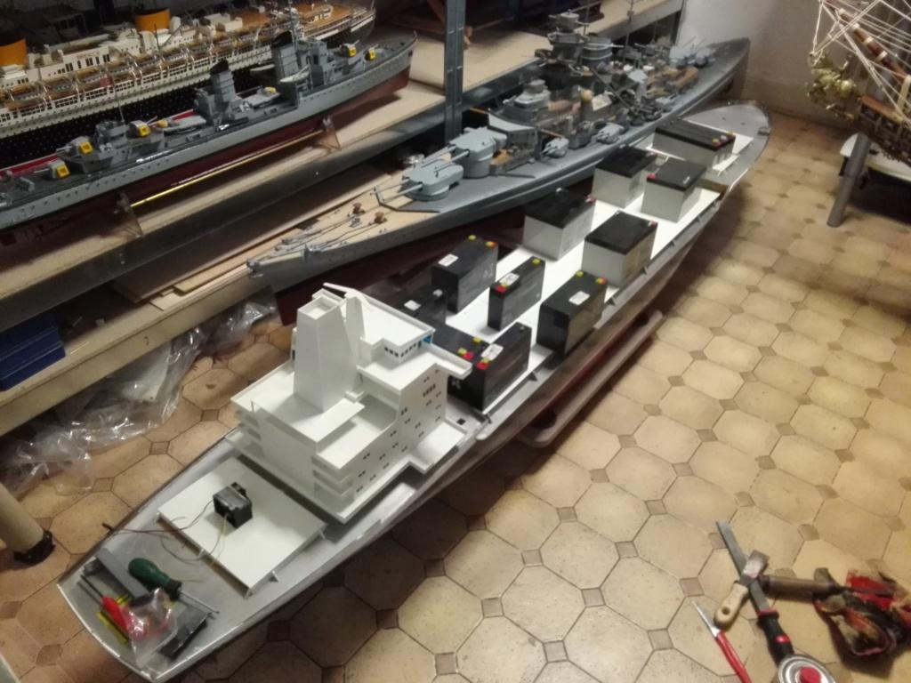 """""""Vorbildgetreues"""" Containerschiff im Maßstab 1/100 Img_2764"""